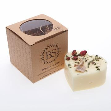 Rose Bud Large Heart Candle - Champagne & Roses