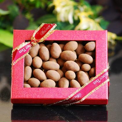 Mini Box Almonds in Choc & Cinnamon