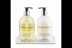 RR121 - Baylis & Harding
