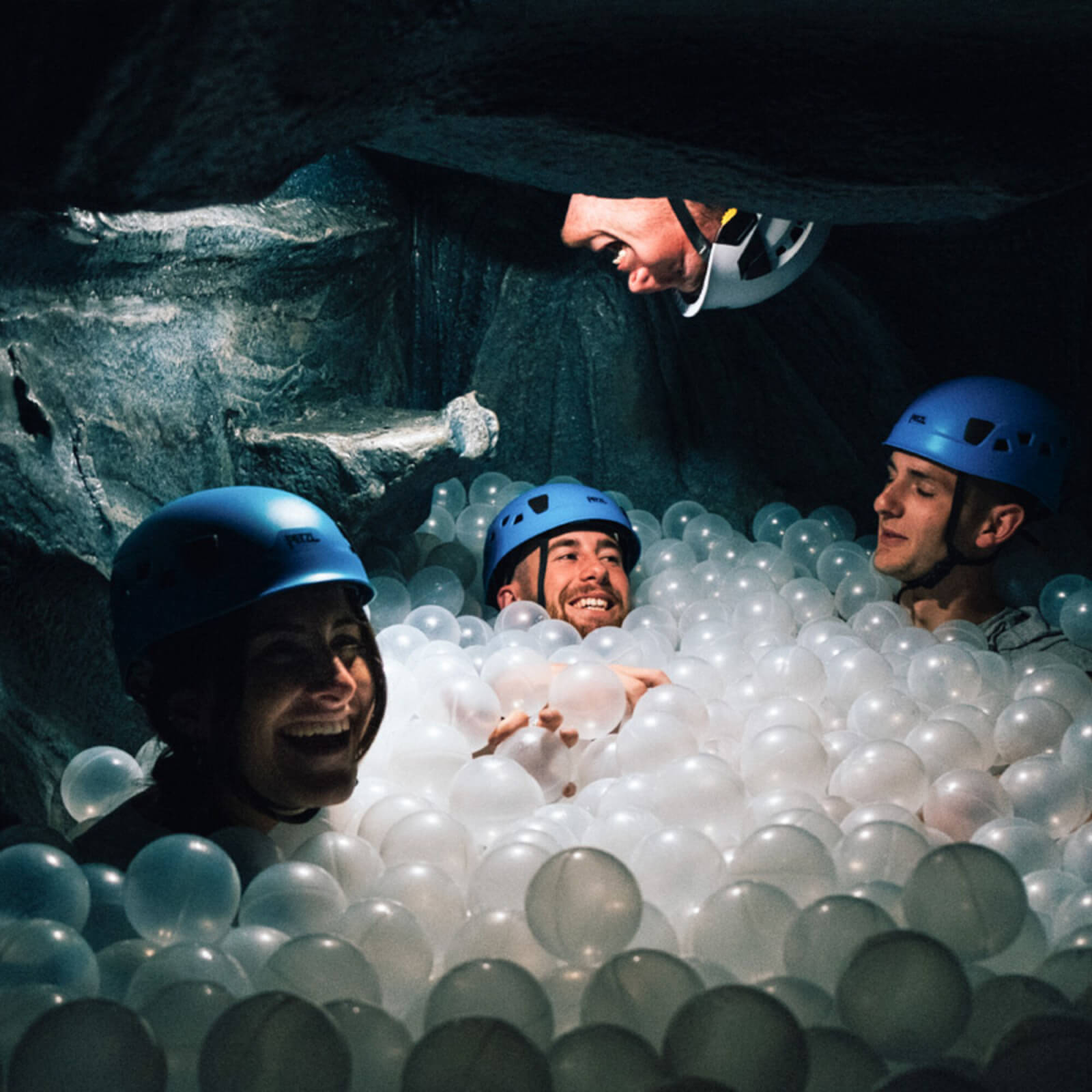 RR372 - Caving Adventure for 2