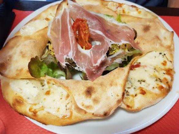 Pizza Reine Mathilde