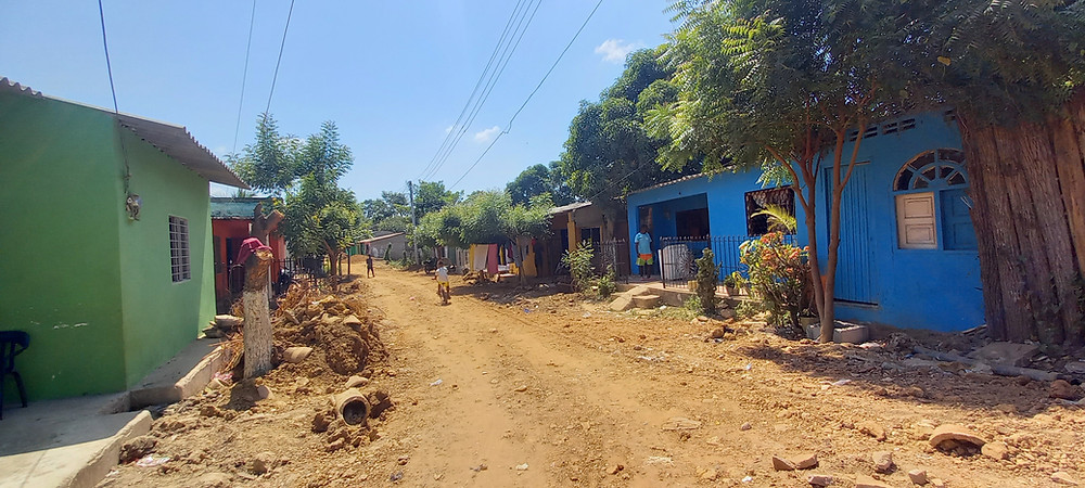 Barrio la Esperanza - San Onofre, Playamar Stereo