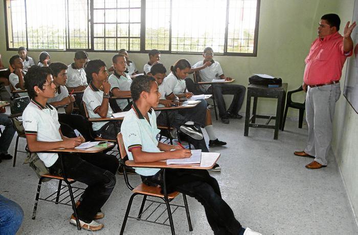 Estudiantes en Sucre, noticias de sucre, SENA, Playamar Stereo