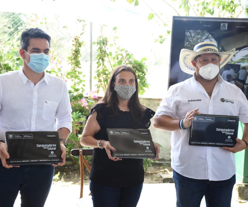 Computadores para escuelas en Sucre, noticias deSucre, noticias de San Onofre