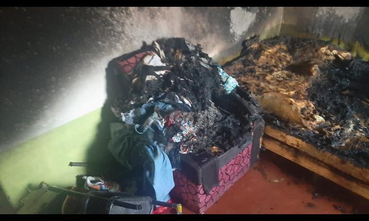 Le quemó la casa a la novia en medio de una discusión