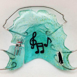 It's music to our ears, too #retainerswag #retainerdesigner #retainers #orthoappliance #straightteet