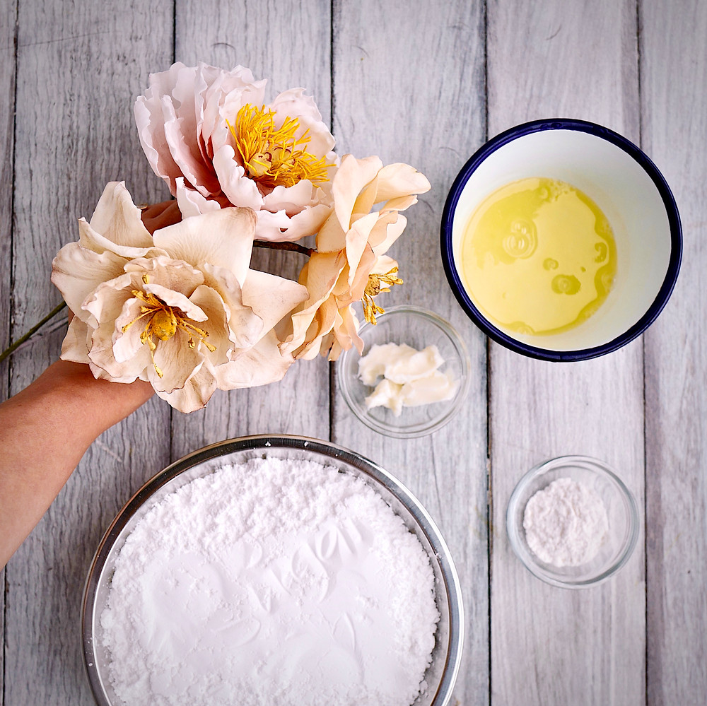 Homemade (or scratch) gum paste only has 4 ingredients!