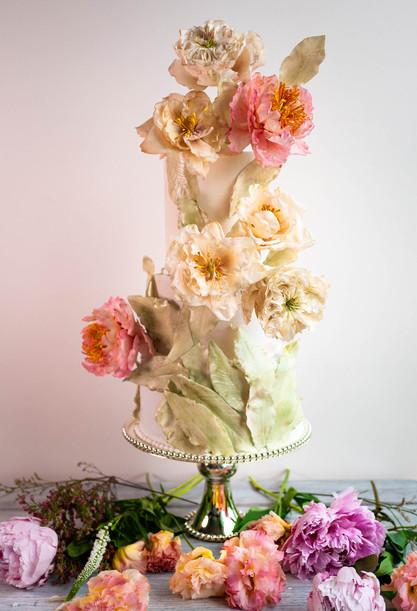 Romantic wedding cake with sugar David Austin Roses, sugar peonies & foliage
