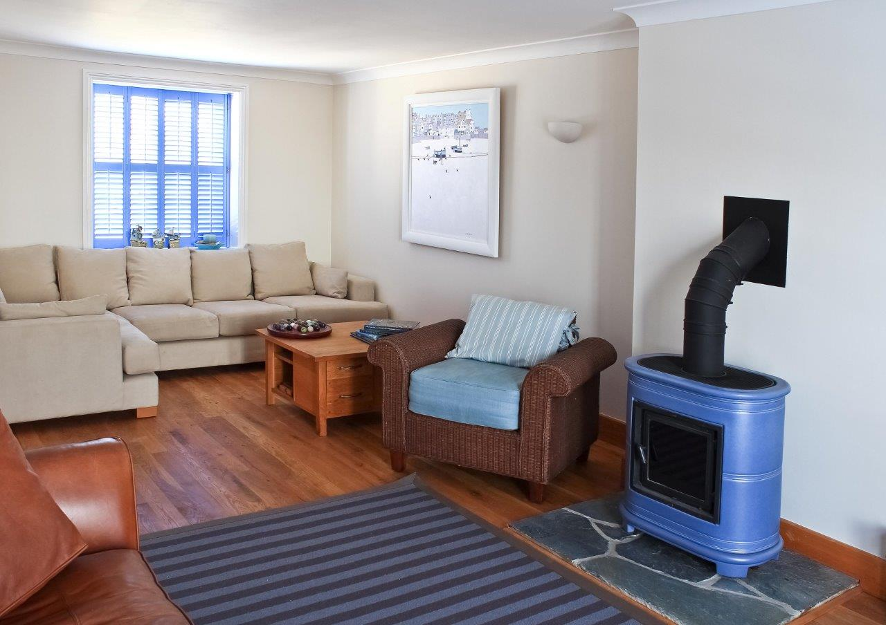 Sea Star lounge -& log burner