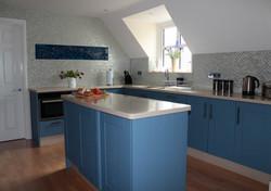 4384 kitchen 2.jpg
