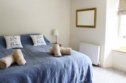 Super -King / Twin Bedroom