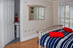 Bedroom 2 -En-suite