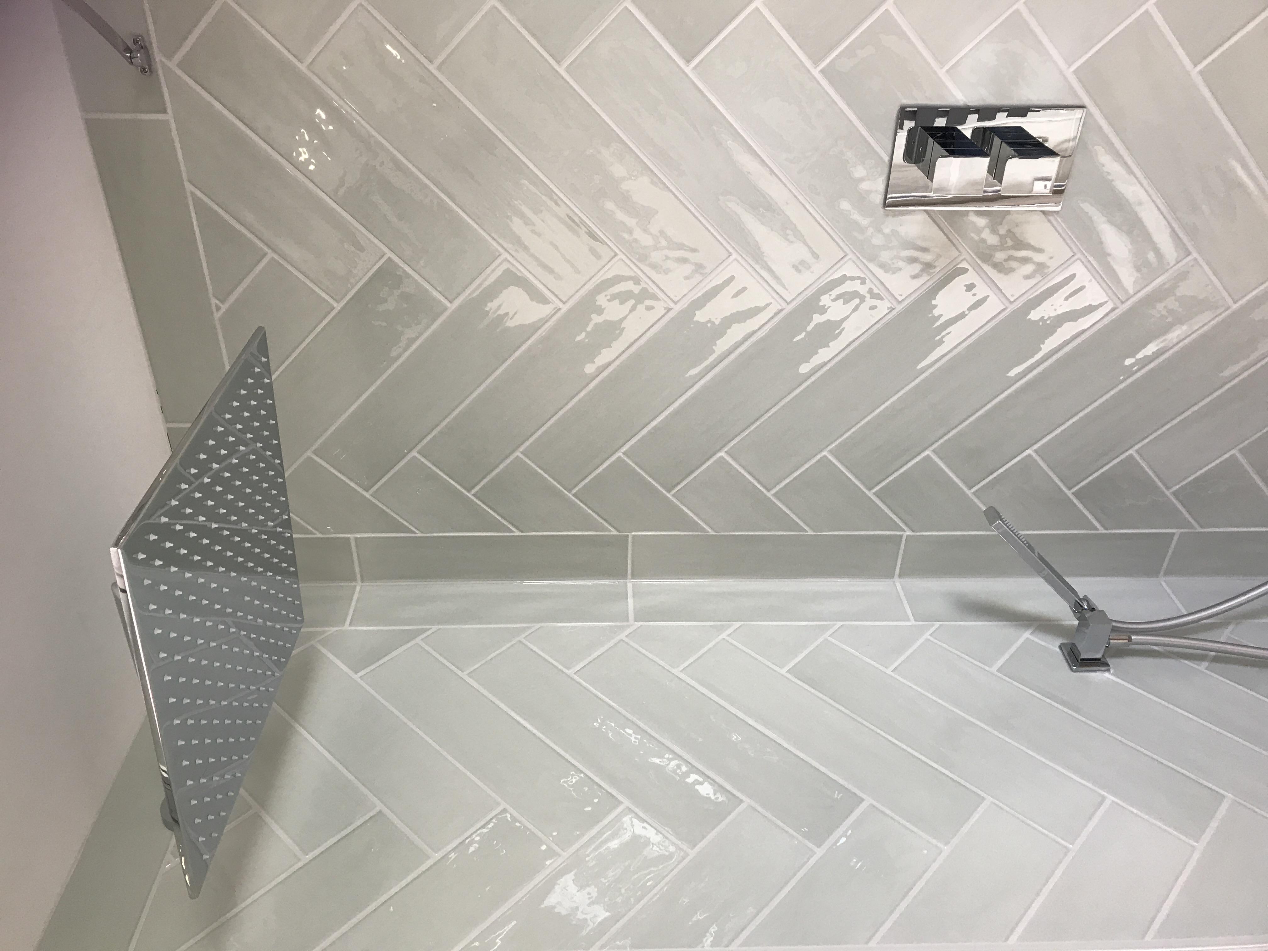 Bay Master bathroom raindrop shower
