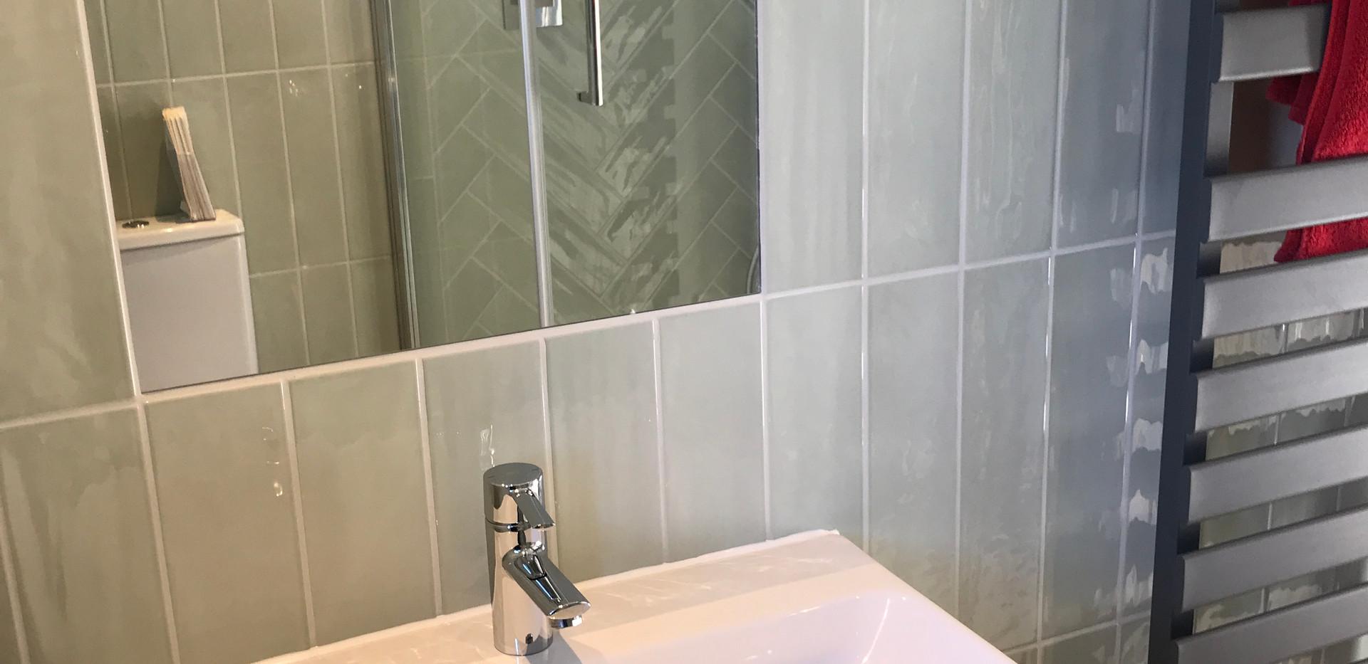bay master bathroom sink.JPG