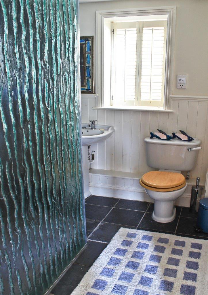 Sea Star Walk - in Shower Room