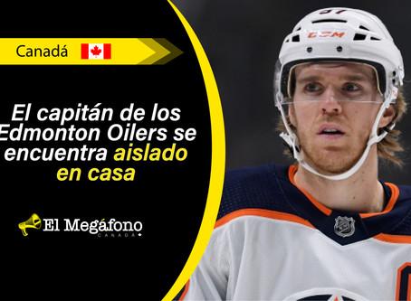 Connor McDavid de los Edmonton Oilers da positivo por COVID-19
