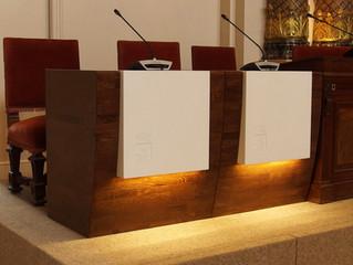 Diseño de los nuevos puestos de concejales para el Ayuntamiento de Donostia