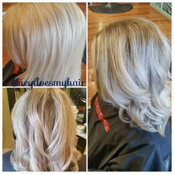 Huuuuuge before and after on my girl, Brennan! Solid blonde to natural blended balayage! This is why