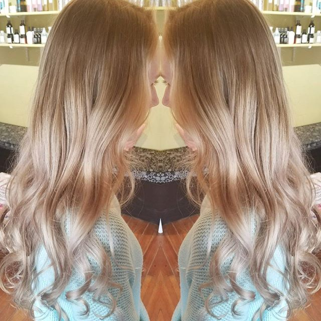 Natural blonde to Bombshell Blonde on virgin hair! Balayage for days 💋 besosssss xx_•_•_•_#blondes