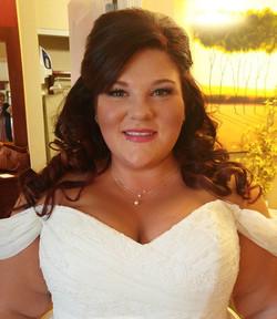 Makeup done on the gorgeous bride! 👰💍💋 Congrats, Rachel!