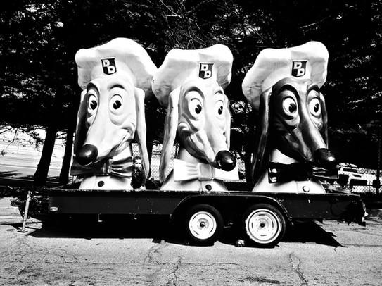 San Francisco Doggie Diner Heads