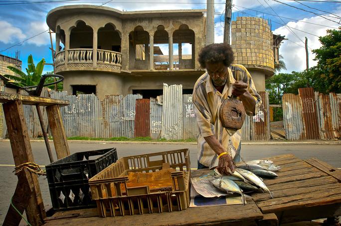 Jamaican Fisherman Weighing