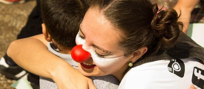 Projeto Semeando Amor busca novos voluntários para clown