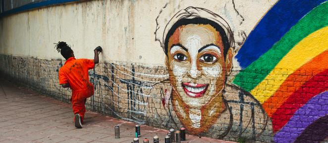 Instituto Aurora lança financiamento coletivo para pintar painel em homenagem a defensoras dos direi
