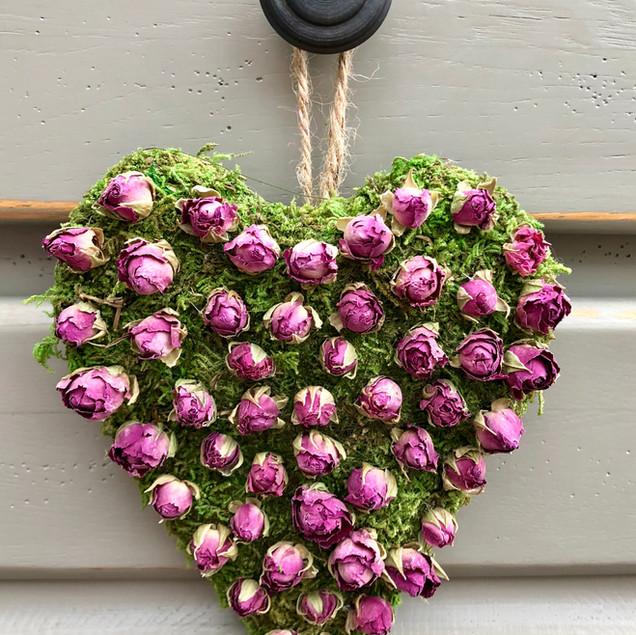 Pink rose moss heart