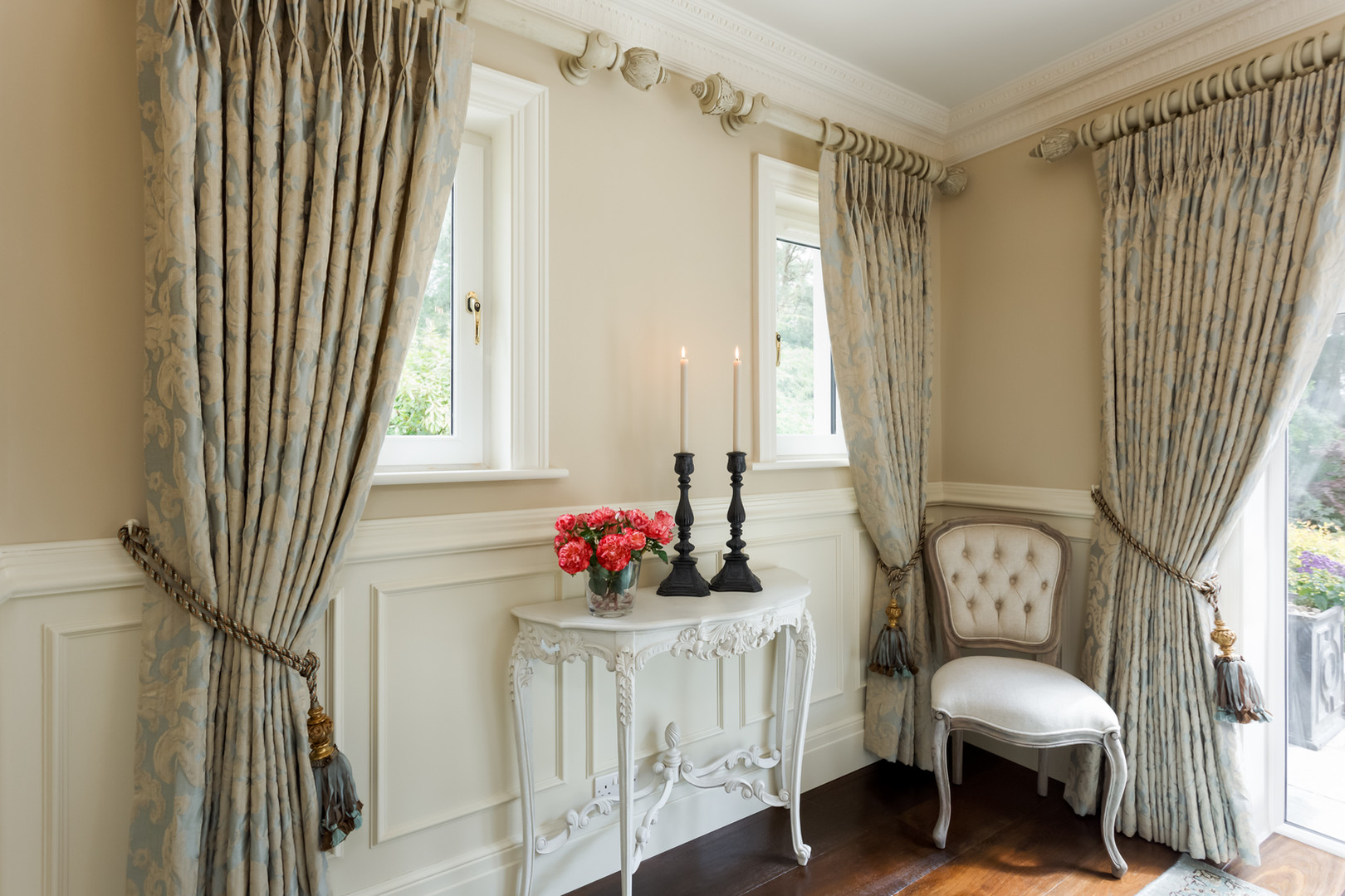 Console table dining room design_web.jpg