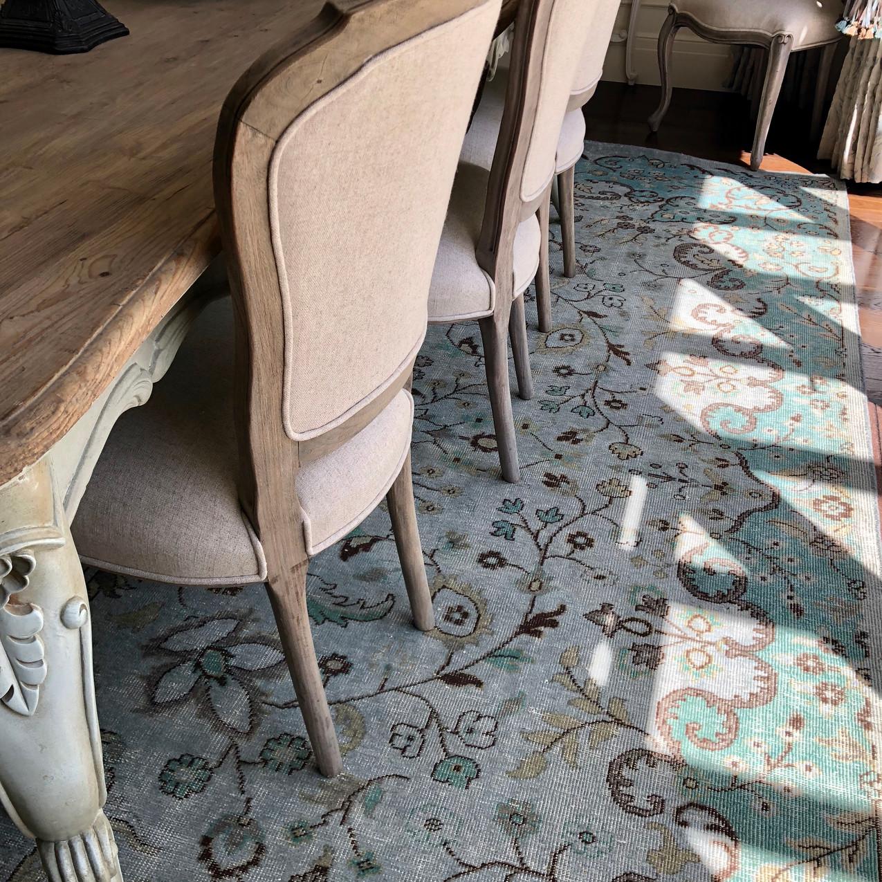 diningroom carpet