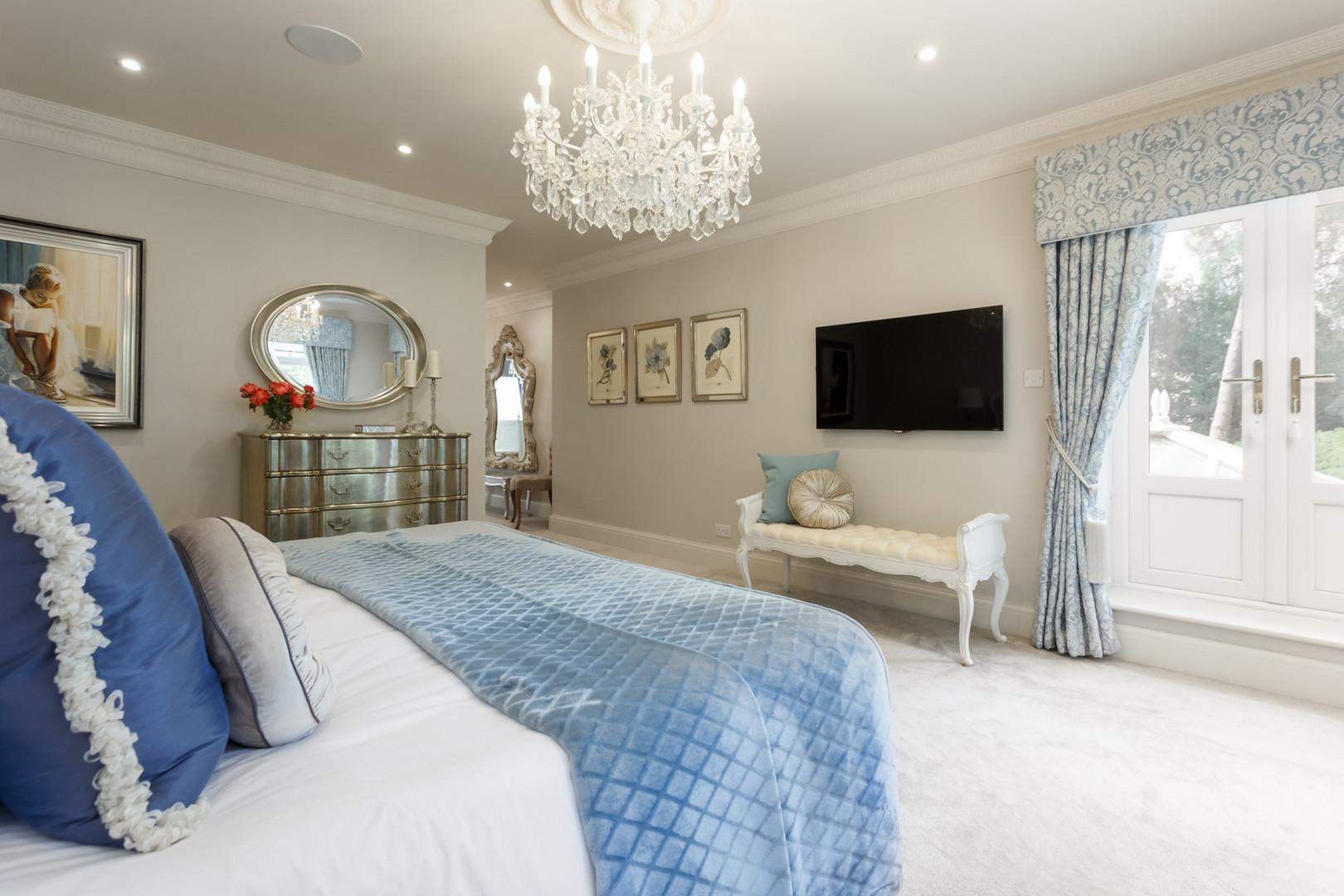 master bedroom interior designer ideas_web.jpg