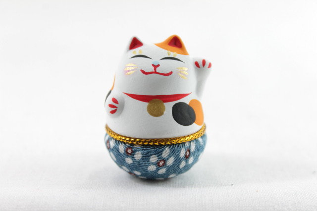 Japanese Roly-poly Doll Lucky Cat, Left Paw, White