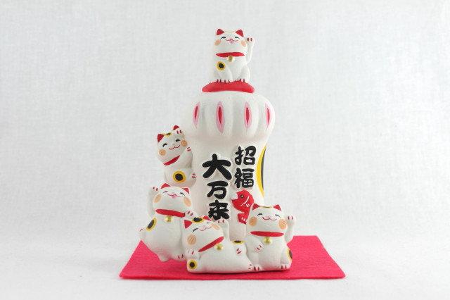 "5 Lucky Cats ""Maneki-neko"" with Big Paw , White"