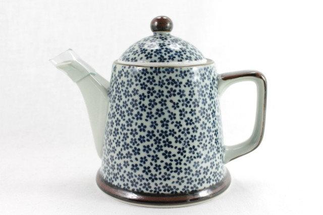 Plum Flower Teapot - Arita-ware