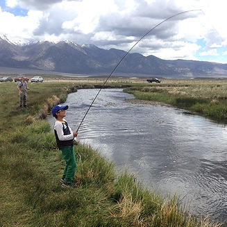 sierratroutdoorsman.com/guidedtrips_flyfishing_mammothlakes_UpperOwens