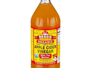 Best Detangler Everrrrr- Apple Cider Vinegar & Water!