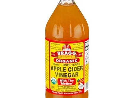 Best Detangler Everrrrr- Apple Cider Vinegar & Water!