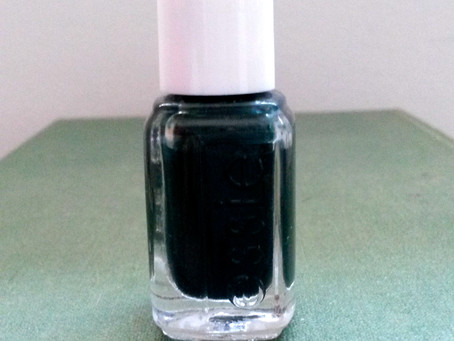 Nails of the Day: Essie's Stylenomics