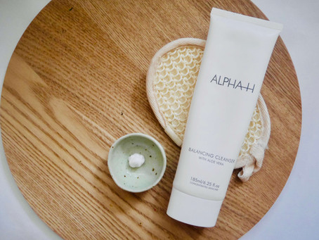 A Cleanser that Knocked my Socks Off! Alpha H's Balancing Cleanser with Aloe Vera 🧼🥒💦
