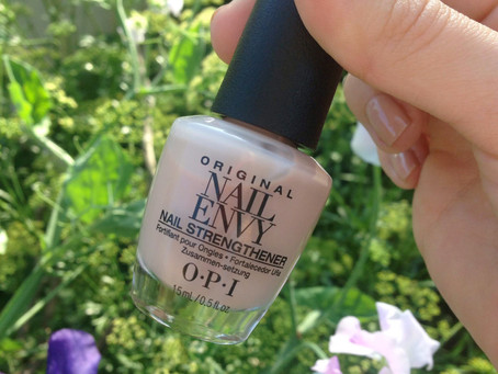 Nails of the Day: OPI Nail Envy +  Samoan Sand