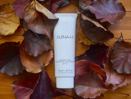 Review: Alpha H Essential Skin Perfecting Moisturiser with SPF 15+ 🍂🧴💫