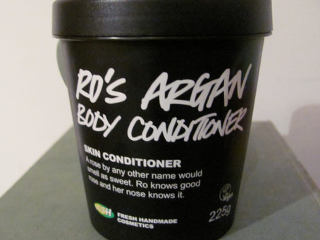 Review: Lush's Ro's Argan Body Conditioner – Winter smells like Roses!