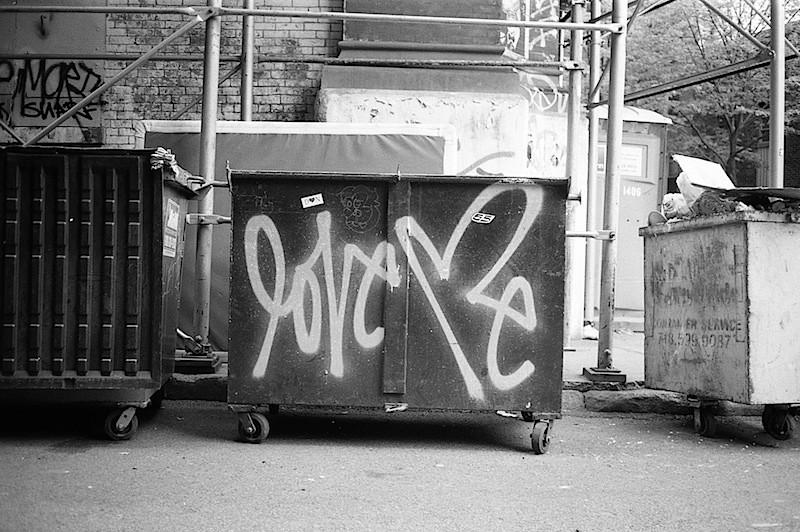 love_me_curtis_kulig_graffiti_on_a_dumpter