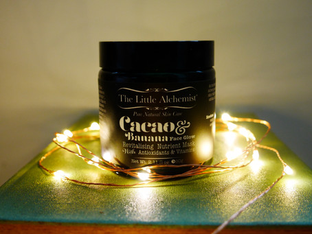 Review: The Little Alchemist Cacao Banana Face Glow Revitalising Nutrient Mask