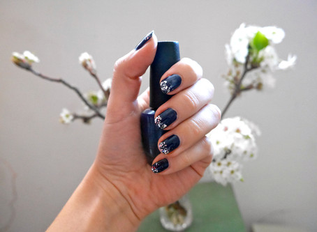 Nails of the Day: Glitter Dipped Nails