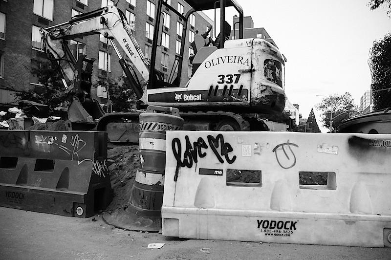 love_me_construction