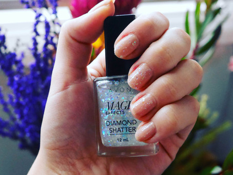 Nails of the Day: Avon's Magic Effects Diamond Shatter & OPI Samoan Sands