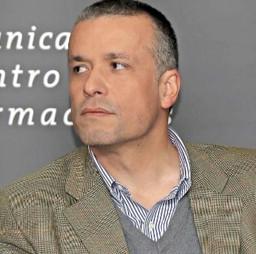 Oscar Landerretche