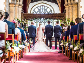 Our top five reasons why silk flowers can transform your wedding